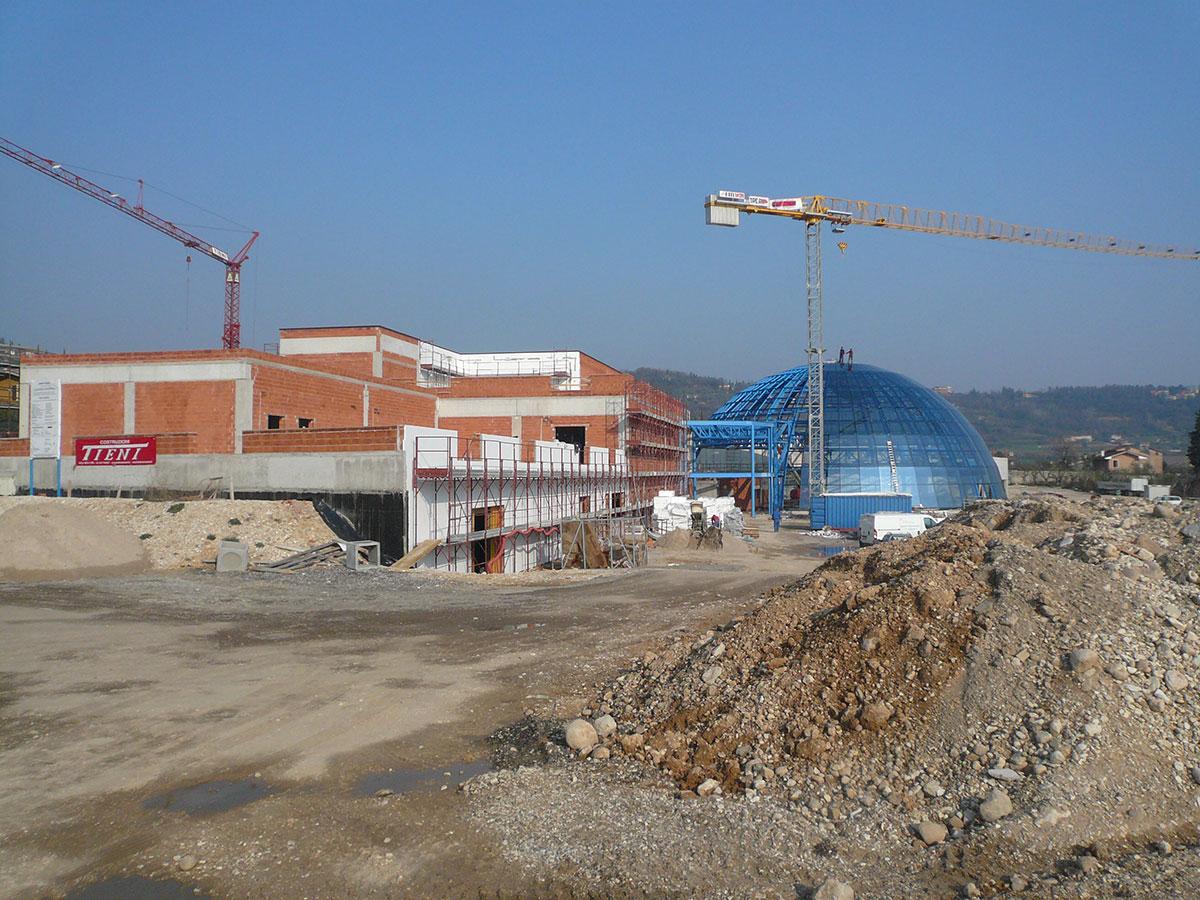 Costruzioni Tieni 1836 | Opere edili per la realizzazione dell'Acquapark di Garda, comprensivo di piscina coperta e scoperta